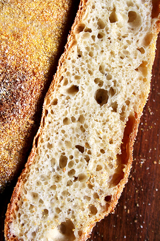 Mark Bittman-Jim Lahey No-Knead Bread, sliced