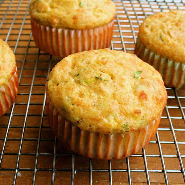 Round 2: Low-Carb Cottage Cheese Muffins with Cheddar & Scallions ...