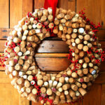 How to Make a Cork Wreath + Food-Related Gift Ideas