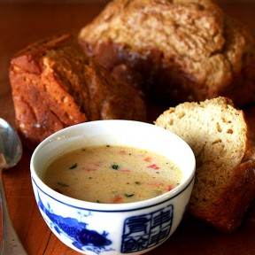 Vermont Cheddar Cheese Soup + Beer Bread = Yum Yum Yum