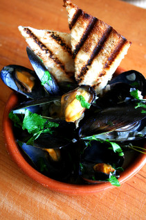 Moules Marinière, So Easy A …