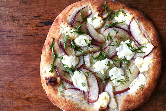 nectarine and ricotta pizza
