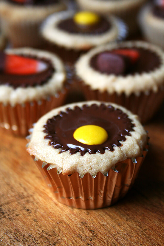 Reese's topped mini cupcakes