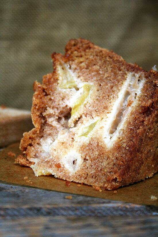 Teddie's Apple Cake