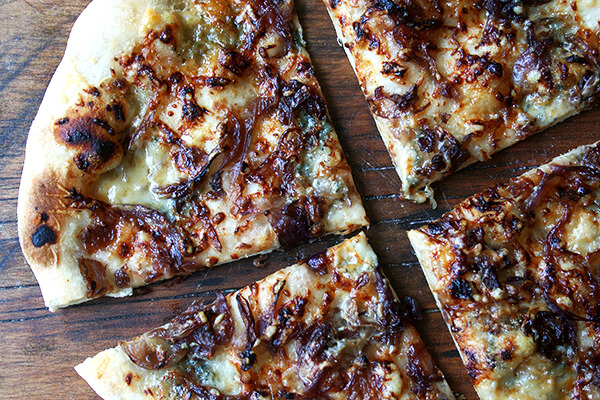 fig jam, caramelized onions & blue cheese pizza