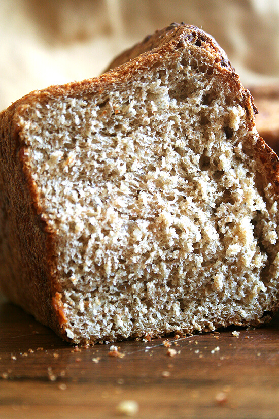 This no-knead oatmeal bread is a cinch to prepare — true to the title, no kneading is involved — and the bread, chewy in texture and slightly sweet, is just straight-up delicious, a treat to have on hand. // alexandracooks.com