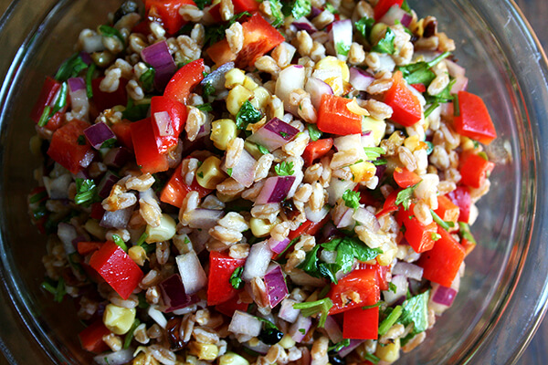 roasted corn, onion, red pepper & farro salad