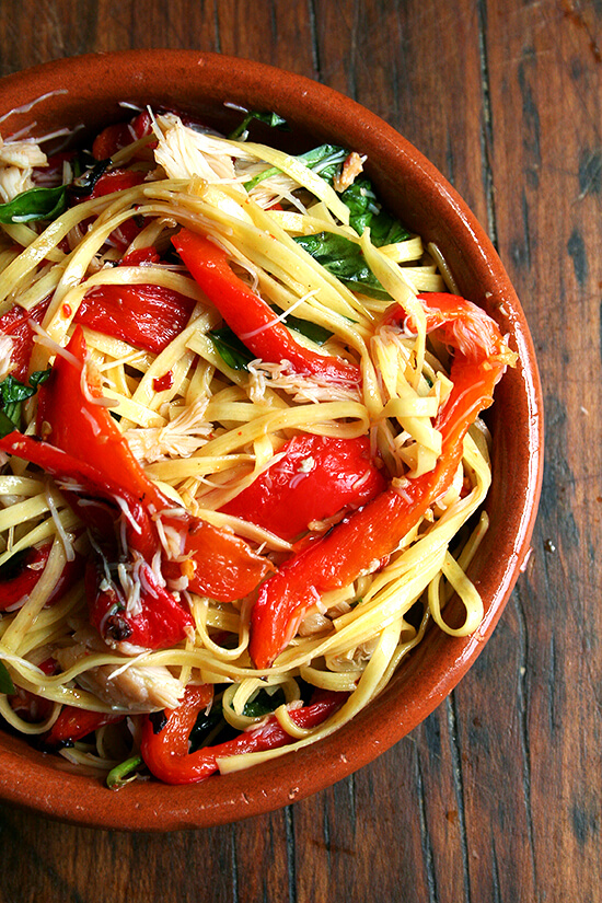 Linguini with roasted red peppers and crab