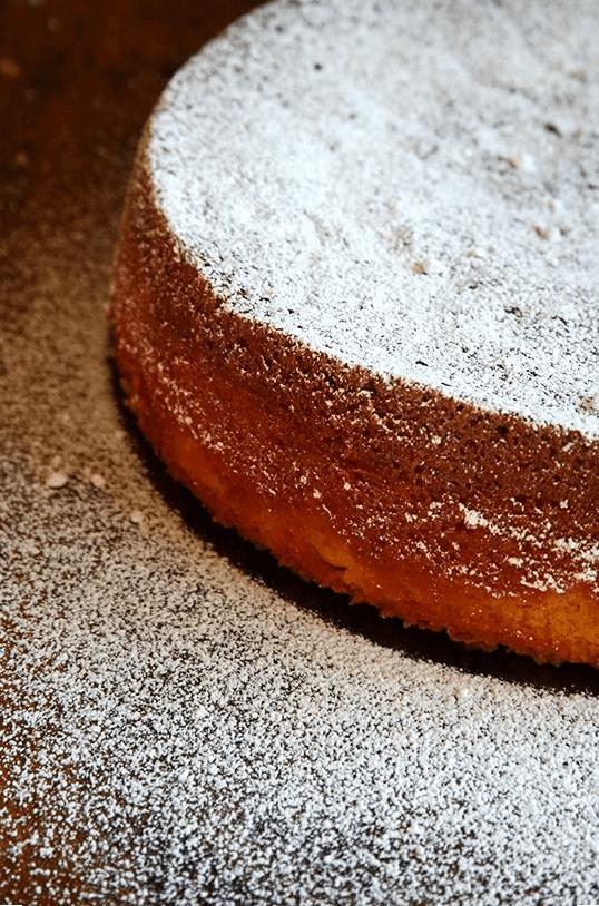 powdered sugar almond torte