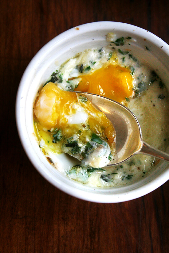 baked eggs with gruyère and herbs