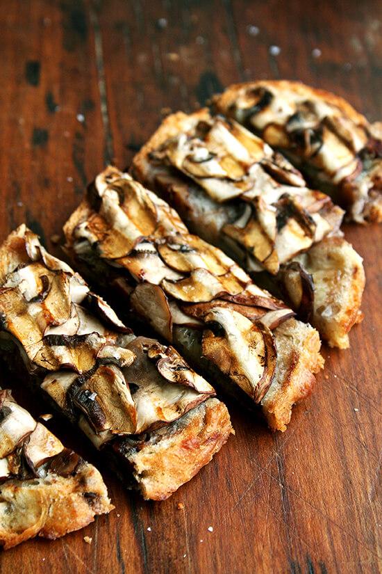 mushroom tartine, sliced