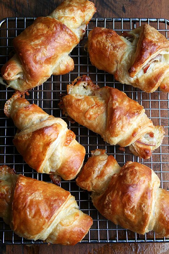 croissants, cooling
