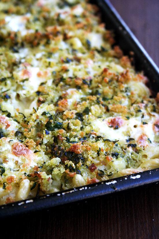 just baked sheet pan mac n cheese
