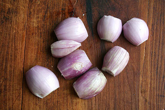 trimmed shallots
