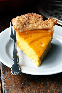 Ronnie Hollingsworth's Most Excellent Squash Pie  //  A Few Ideas for Thanksgiving