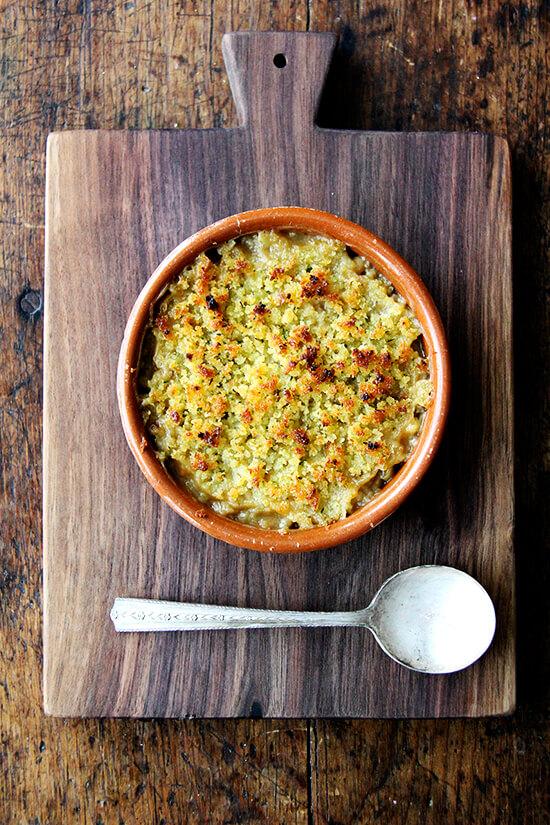 Slow Cooker Flageolets, Gratinéed | Also, Bread Bowls