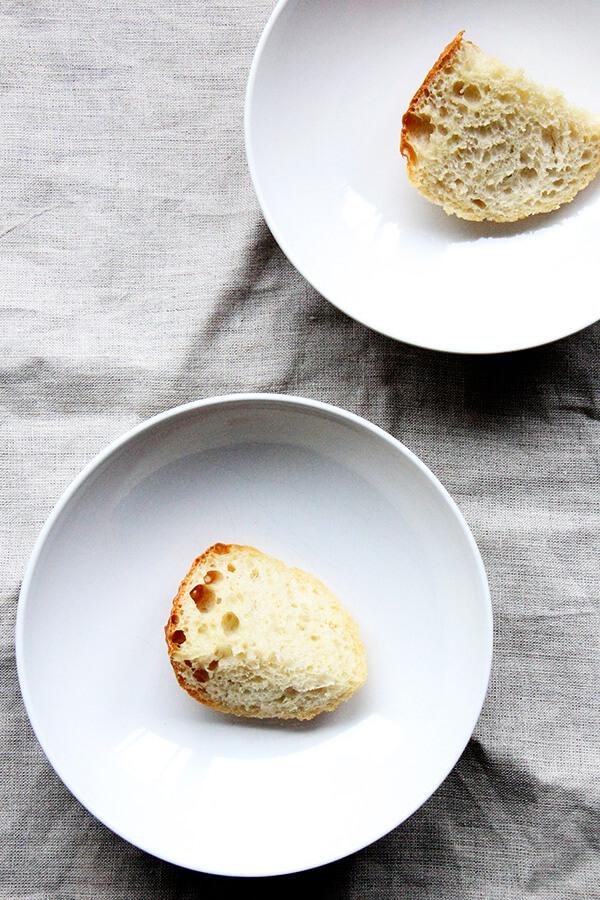 bread in bowls