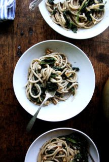 Spring Pasta with Spinach, Walnuts & Lemon